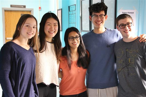 5 Regeneron Scholars from Roslyn High School