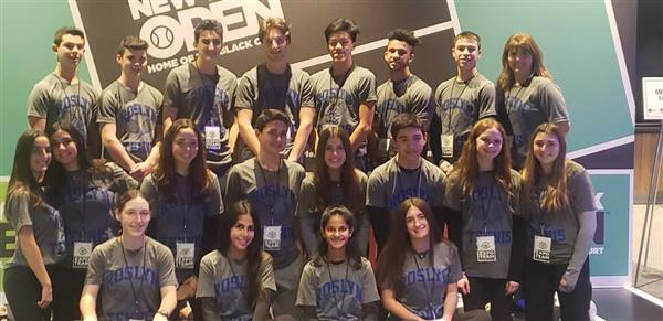 Roslyn High School Tennis attends the Tennis Expo