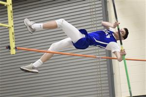 Pole vault county champion from Roslyn High School